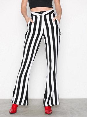 Missguided randiga byxor Monochrome Stripe Trouser Black