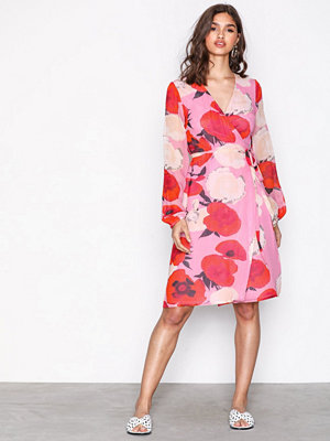 Gestuz Violetta wrap dress Pink Rose