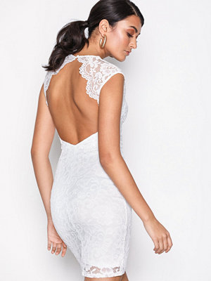 NLY One Open Back Lace Dress Vit