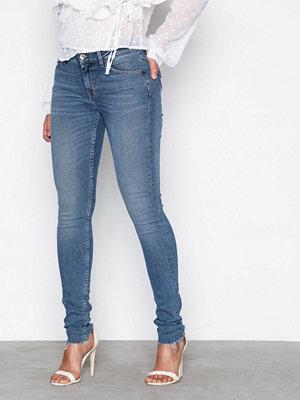 Tiger of Sweden Jeans Slight W65334001 Light Blue
