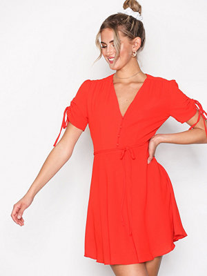 Glamorous Strap Short Sleeve Dress Red