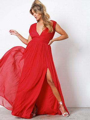 NLY Eve Sharp V-Neck Gown Röd