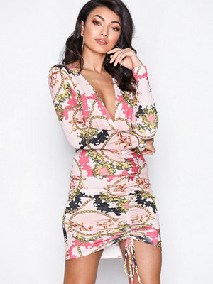 NLY One Drawstring Plunge Dress Mönstrad
