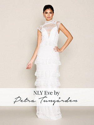 NLY Eve Heavy Lace Gown Vit