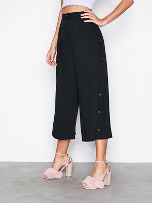 Topshop svarta byxor Horn Button Crop Wide Leg Trousers Black