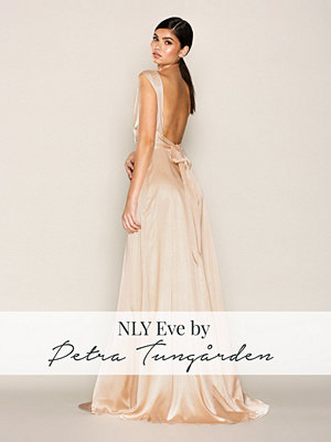 NLY Eve Bow Back Satin Gown Rose Champagne Glow
