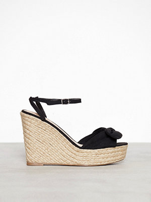 New Look Suedette Bow Strap Wedges Black
