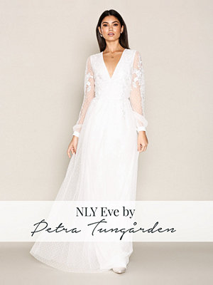 NLY Eve Flower Trim Mesh Gown