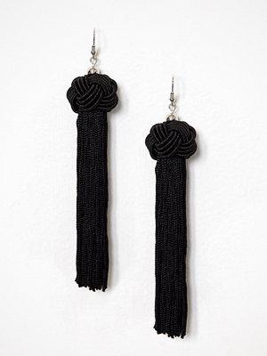 NLY Accessories örhängen Knot & Tassel Earrings Svart