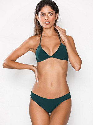 Filippa K Triangle Bikini Top 299 kr · Filippa K Classic Brief b0001c82101ca