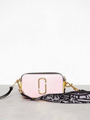 Marc Jacobs omönstrad axelväska Snapshot Bag Baby Pink