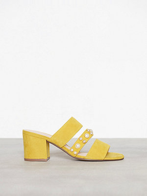 Bianco Pearl Strap Sandal Gul