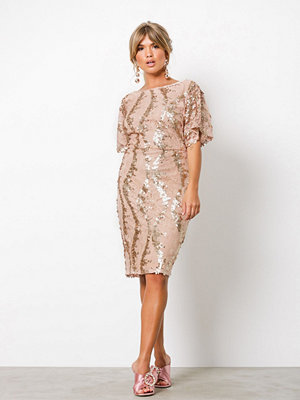 NLY One Exclusive Kimono Dress Champagne