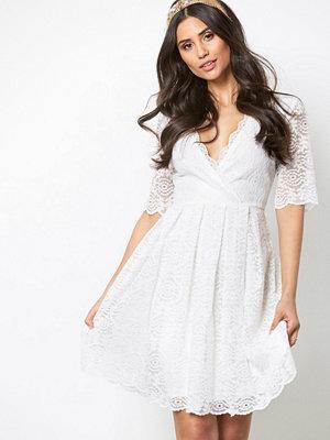 NLY One Short Sleeve Lace Dress Vit