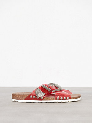 Topshop Frog Buckle Footbed Sandals Red