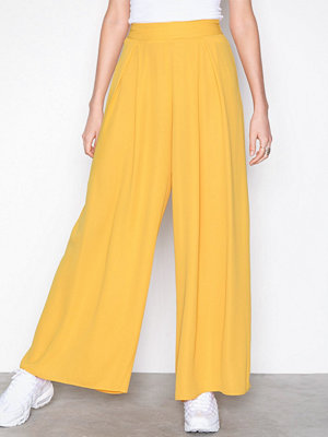 Missguided gula byxor High Waisted Wide Leg Trousers Yellow