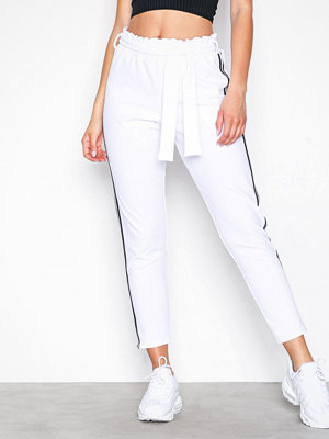 Sisters Point vita byxor Noto Pants White/Black
