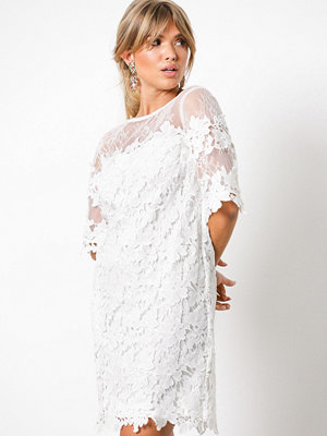 NLY Trend Crochet Loose Dress Vit