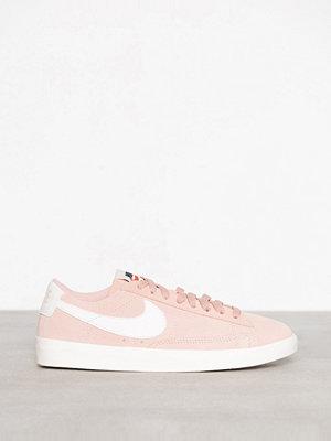Nike Blazer Low SD Korall