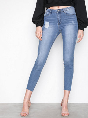 Missguided Sinner Clean Distressed Skinny Jeans Blue