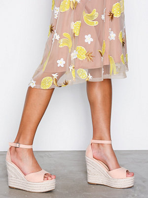 NLY Shoes Wedge Heel Sandal Ljus Rosa