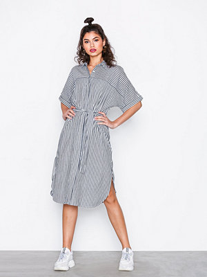 NLY Trend Short Sleeve Shirt Dress Randig
