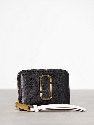 Plånböcker - Marc Jacobs Mini Zip Card Case Black/Pink