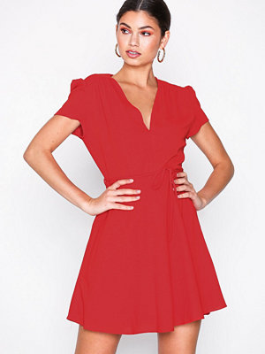 Glamorous Short Sleeve Dress Red