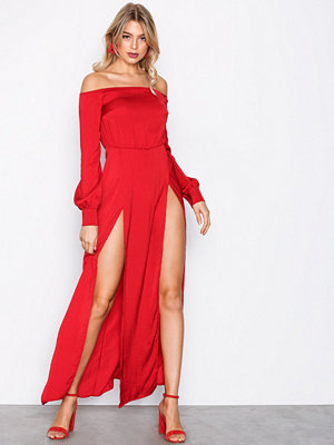 Missguided Bardot Satin Slip Maxi Dress Red