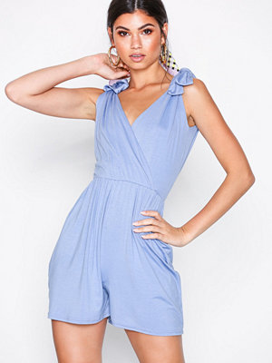 28b0580f6b2 NLY Trend Pleated Kimono Jumpsuit Gul - Jumpsuits   playsuits online ...