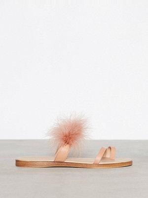 Bianco Feather Slip In Sandal Powder