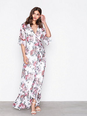 NLY Eve Frill Wrap Gown Blommig