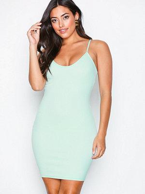 Festklänningar - NLY One Cami Crepe Mini Dress Mint