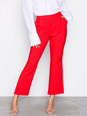 NLY Trend röda byxor Perfect Cropped Pants