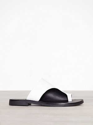 Topshop Toe Post Sandals White