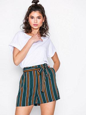 Shorts & kortbyxor - NLY Trend Striped Shorts Randig