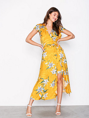 River Island Jacquard Waisted Midi Dress Yellow