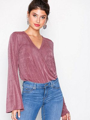 NLY Trend Glamorous Wrap Top