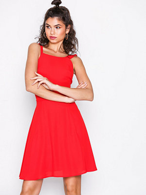 NLY Trend Frill Off Dress