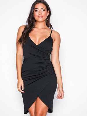 Sisters Point Nili Dress Black