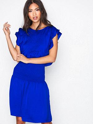 Munthe Priya Blue