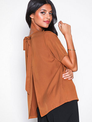 Selected Femme Slftonia Ss Back Tie Top B Brun