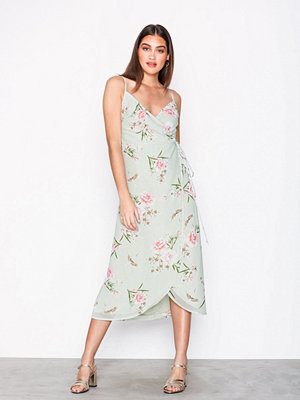 New Look Floral Wrap Front Midi Dress Green