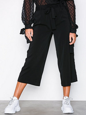 New Look svarta byxor Tie Waist Trousers Black