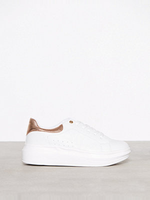 Missguided Flatform Lace Up Trainer White