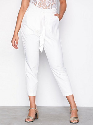 New Look vita byxor Paperbag Waist Trousers White