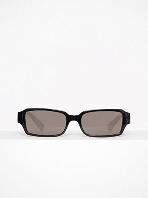 Solglasögon - Quay Australia Strange Love Svart