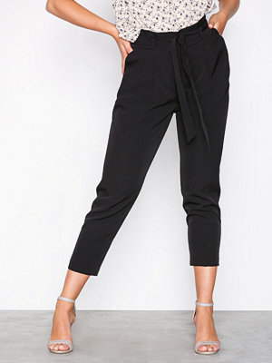 New Look svarta byxor Paperbag Waist Trousers Black