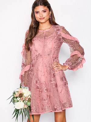 True Decadence Floral Lace Dress Dusty Pink