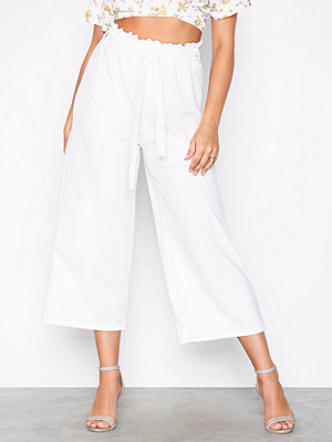 Sisters Point vita byxor Noto Pants Cream